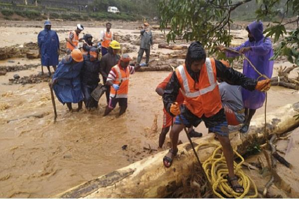 flood situation in southern and western states critical 114 dead