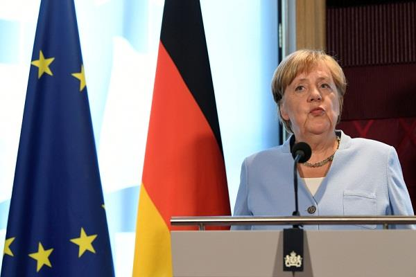 merkel gives britain time until 31 october for brexit solution