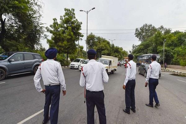 delhi government can reduce fines