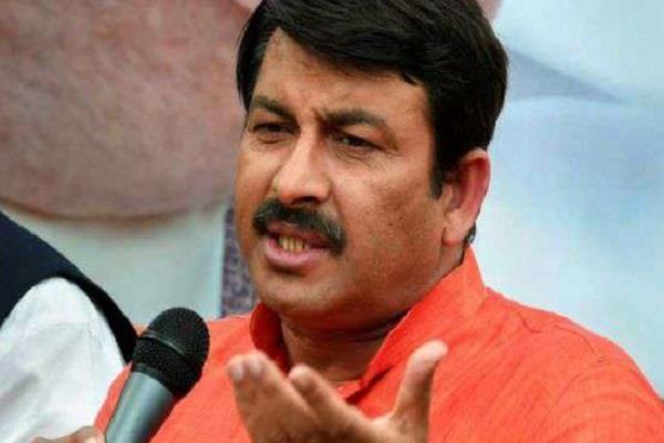 tiwari wrote a letter to kejriwal protesting
