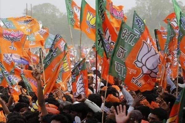 elections head on discord in delhi bjp