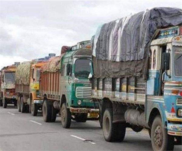 today s blockade in delhi ncr due to heavy challan protest