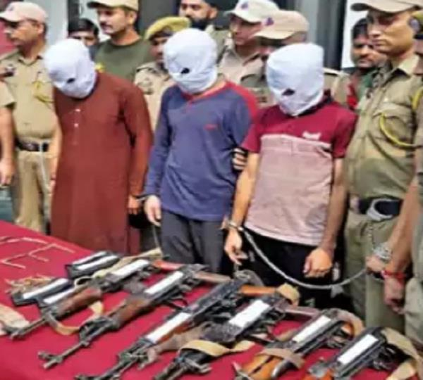3 terrorists arrested