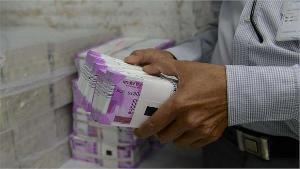 country biggest raid against gst theft 1200 officers raided
