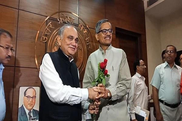 rk tiwari became chief secretary of uttar pradesh