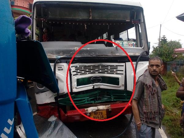 strong collision between hrtc s bus and tipper