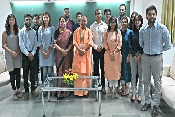 yogi adityanath said in iim