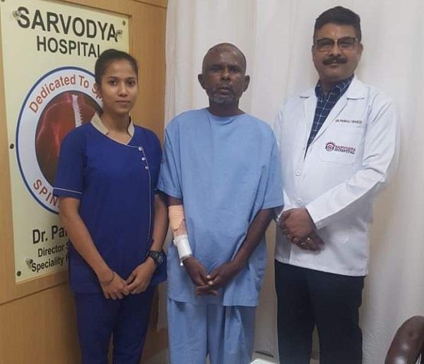 endoscopic brain and spine surgeon dr pankaj trivedi
