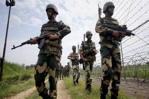 pakistan again violates ceasefire with loc