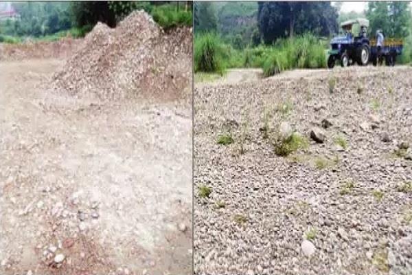 water level of venus creek reaches below illegal mining