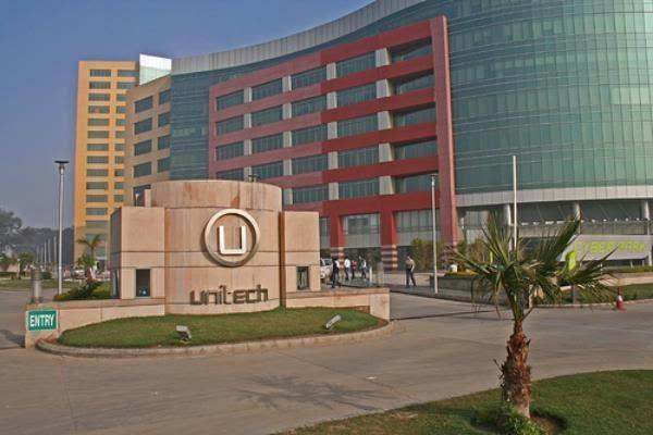 unitech directed to return rs 4 82 crore to home buyers