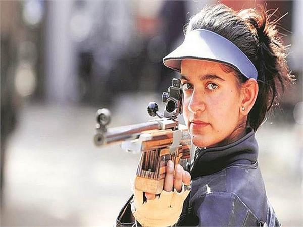 शूटिंग के लिए मां ने किया प्रेरित, अब 24 साल की अंजुम जीत रही एक के बाद एक मेडल