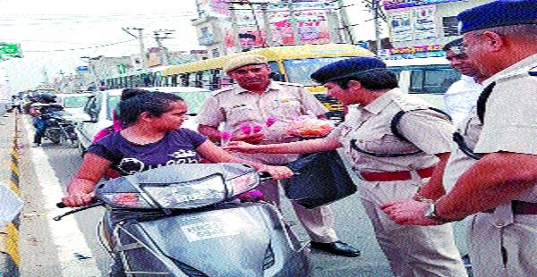 police launched awareness campaign to follow traffic rules