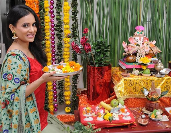 Ganesh Chaturthi: व्रत में क्या खाएं और किन चीजों से करें परहेज?