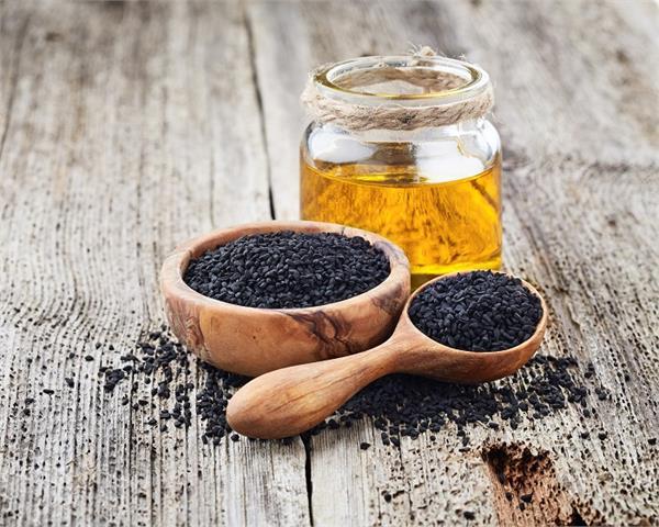 Home Remedies: कलौंजी से करें अस्थमा का इलाज, मिलेंगे और भी कई फायदे