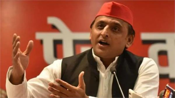 akhilesh targeted yogi government said health services