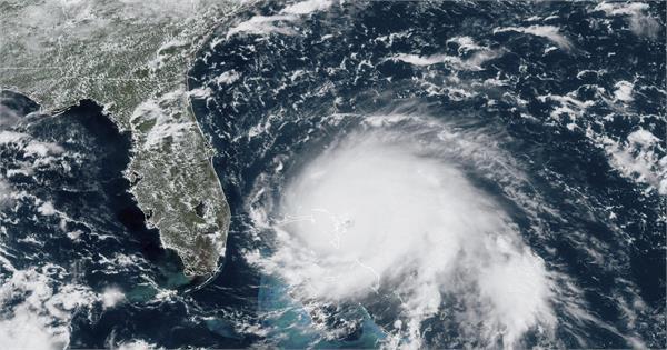 hurricane dorian makes landfall in the bahamas