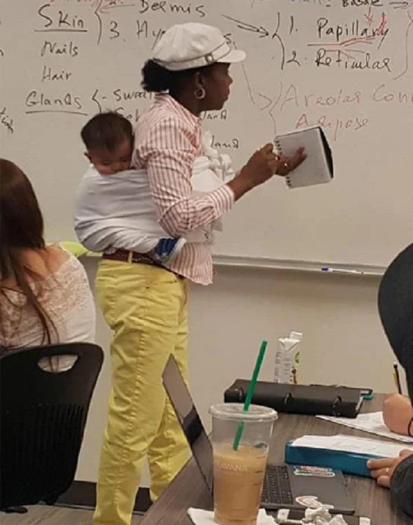 a professor held her student s baby while giving a lecture