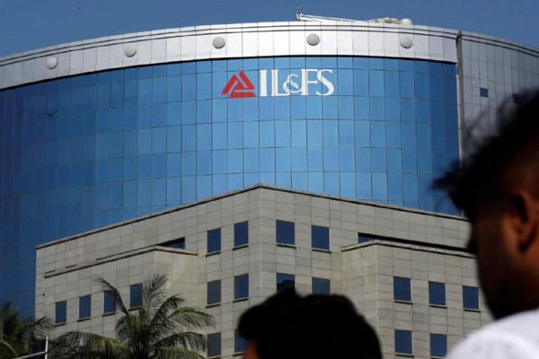 il fs receives 14 bids for 10 road properties company may get rs 13 000 crore