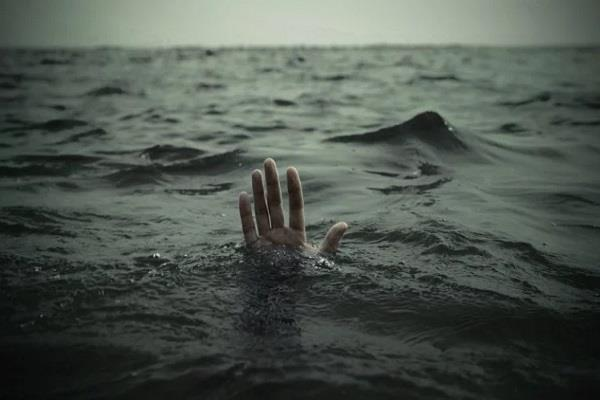 prison warden s son drowned in canal 2 youth rescued by canter driver