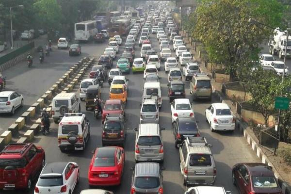 nitin gadkari big statement petrol and diesel vehicles will not ban