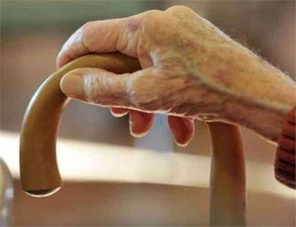 60 साल की वृद्ध महिला का हुआ रेप, रेपिस्ट की उम्र जानकर होगे हैरान