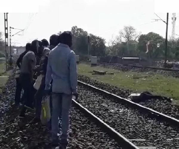 youth killed by jumping in front of train
