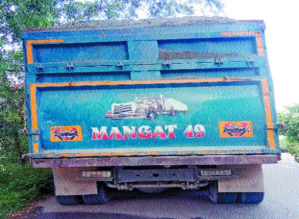 movement of overloaded trucks without number continues unabated