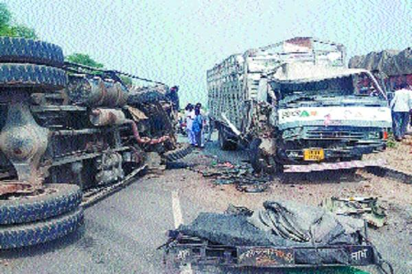 truck driver killed in road accident canter driver injured