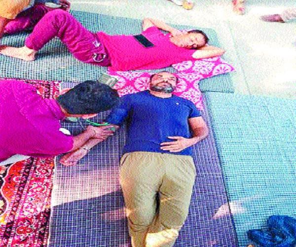 teacher sitting on hunger strike health of 2 deteriorates