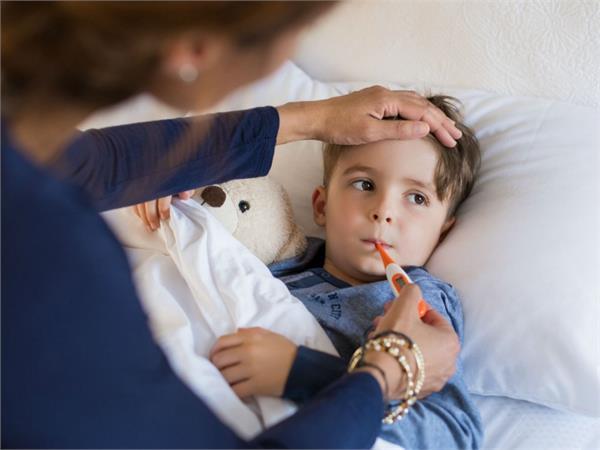 Health Alert ! कांगो फीवर ने ली 3 लोगों की जान, जानिए इस बुखार के लक्षण और बचाव
