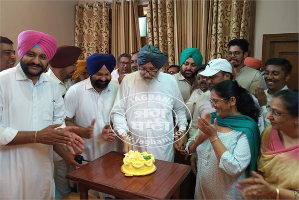former cm badal cut cake on pm modi s birthday