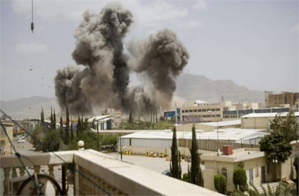 saudi coalition forces attack on yemen prison 50 killed