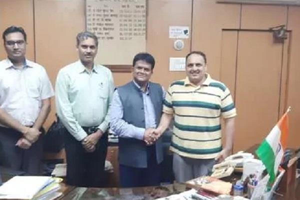 mp s satyadev malik becomes world wrestling tournament referee