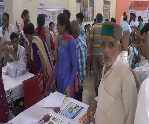 medical camp organized in nahan on pm s birthday free health check up