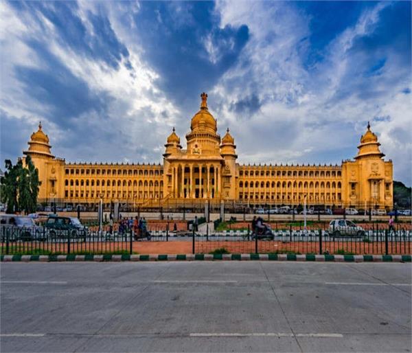 मंदिरों के लिए फेमस है बेंगलुरु, वक्त निकालकर जरुर करने जाएं दर्शन