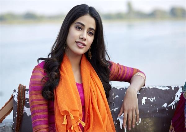 श्रीदेवी को नहीं था बेटी जाह्नवी पर विश्वास, खुद की पसंद के लड़के से चाहती थी शादी