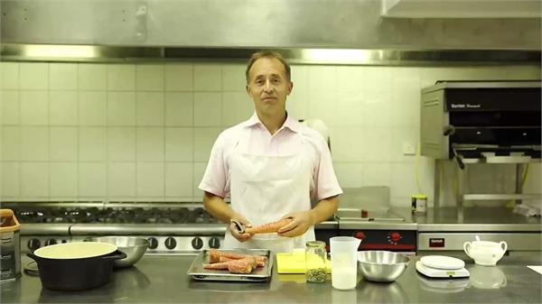 uk envoy to pakistan cooks gajar ka halwa video viral