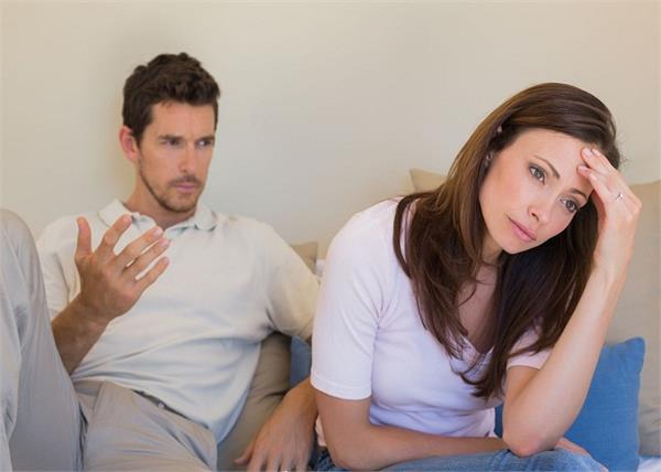 Relationship Tips: शुरुआत की ये छोटी-छोटी गलतियां आगे चल कर बिगाड़ सकती है रिश्ता