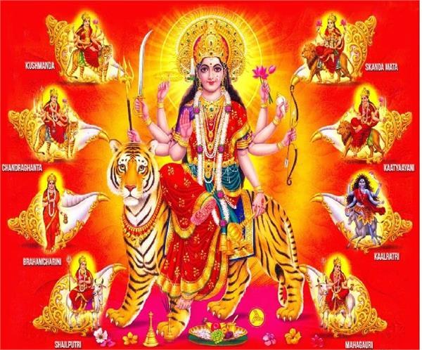 नवरात्रि में 9 देवीयों के हिसाब से इस्तेमाल करें रंग, परेशानियां होगी दूर