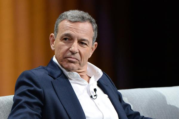 disney ceo resigns from apple s board after 8 years this is the reason