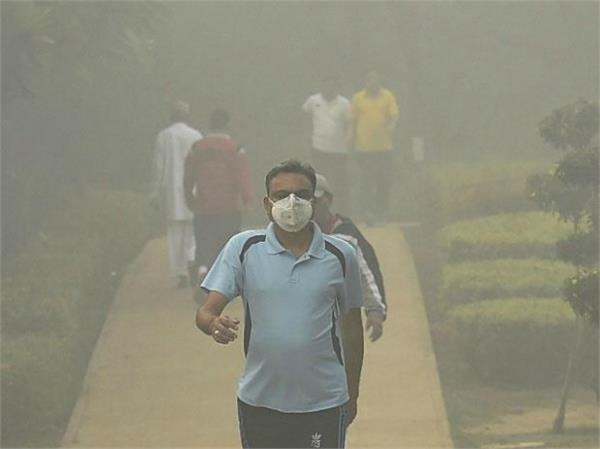 survey delhiites are breathing poisonous air even inside homes