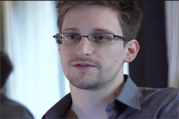 snowden calls on france s macron to grant him asylum