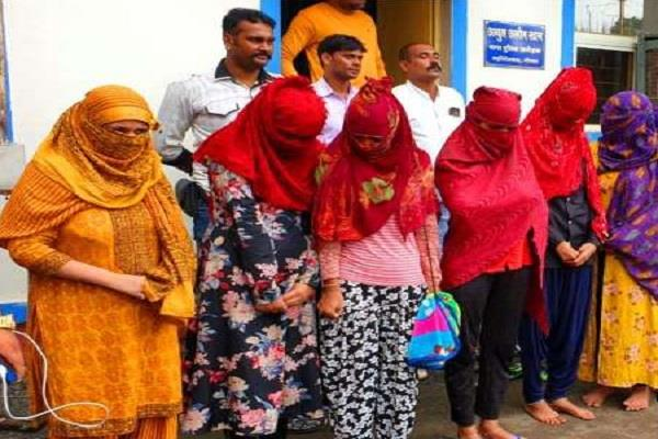 police busted sex racket customer 6 women arrested
