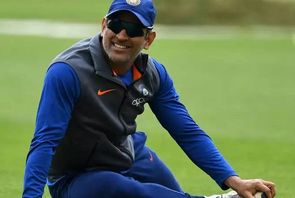 dhoni photos, ms dhoni images, dhoni hd images, धोनी फोटो