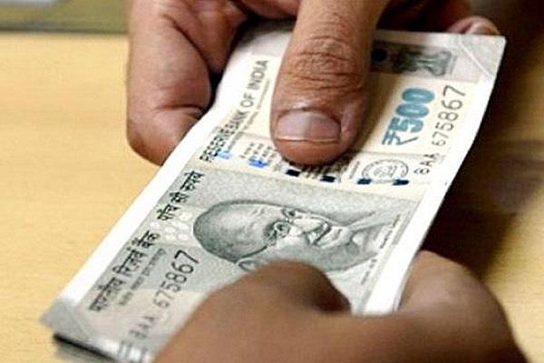 major action lokayukta babu caught red handed taking bribe