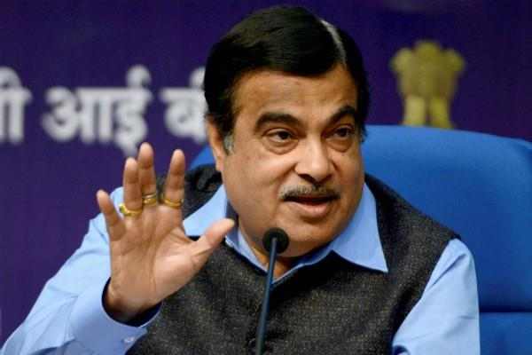 nitin gadkari said on traffic rules