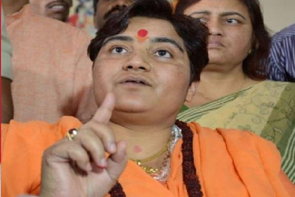 sadhvi pragya s attack on  durga idols