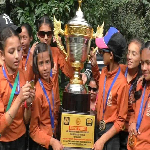 himachal s daughters showed johar in tennis cricket competition