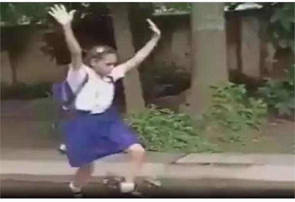 जिमनास्टिक करते बच्चों की वीडियो हुई वायरल, जानिए बच्चों के लिए क्यों है जरुरी